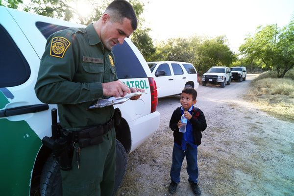 Border patrol stopping young immigrant